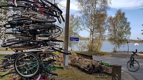20200415 Lausitz Silbersee Radskulptur 'Hoyerswerda, Scheibesee, Lohsa, Silbersee' (7)