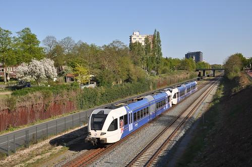 Arriva 281+384 Nijmegen Heijendaal