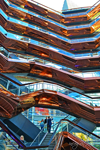 The Vessel & The Shopping Mall Hudson Yards Manhattan New York City NY P00503 DSC_2265