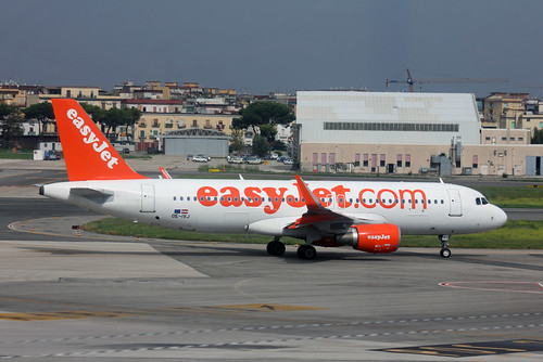 Airbus A320-214 of EasyJet Europe