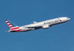 Boeing 777 - American Airlines - N761AJ
