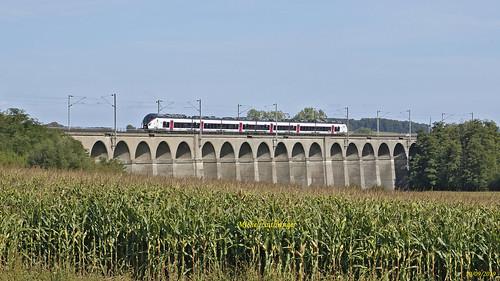 B85000 Coradia Liner Train 839556 Mulhouse-Paris Est à Dannemarie