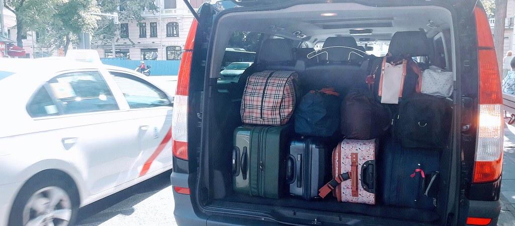 Todo el equipaje con el que puedas viajar cabe en nuestra V.