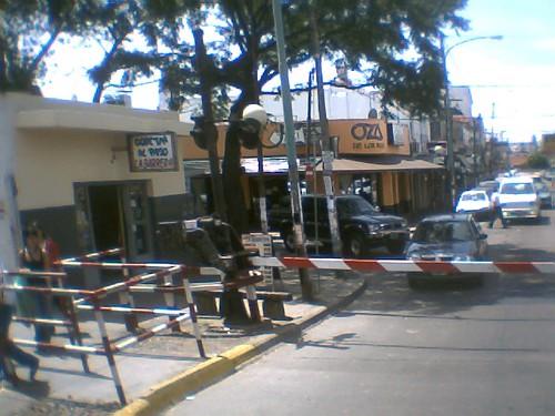 Independencia bordeando la estacion Carapachay
