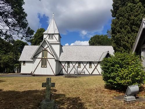 Auckland (33)