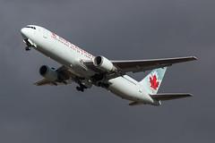 Boeing 767 - Air Canada - C-FTCA