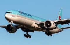 Boeing 777 - Korean Air - HL7784