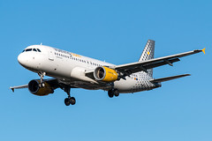 Airbus A320 - Vueling Airlines - EC-LOP