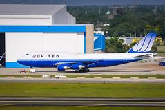 TPA.2011   N181UA • United Airlines • Boeing 747-422 - msn 25278 / 881   AWP CHR