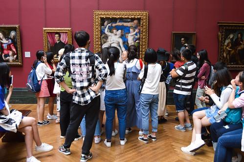 Crowding around Bronzino