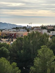 Fabulosas vistas a la montaña y al mar, muy privado. Solicite más información a su inmobiliaria de confianza en Benidorm  www.inmobiliariabenidorm.com