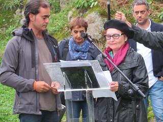Inauguración monumento de homenaje a las víctimas de O Acevo