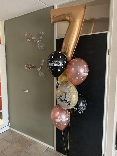 Ballonboeket Zwart Goud Verjaardag 7 Jaar