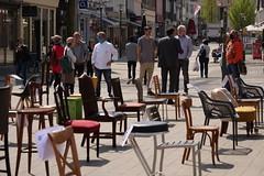 P1300272 Leere Stühle
