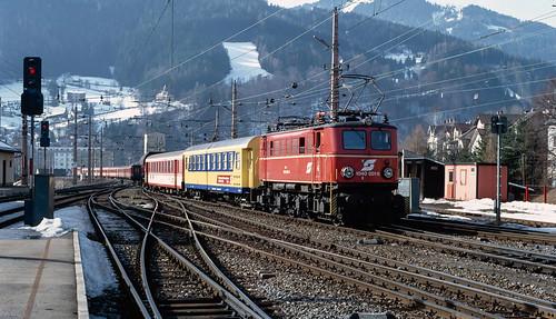 1040 001 shunting at Mürzzuschlag. Austria..
