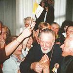 Vassula celebrates with Orthodox Archimandrite Pappas and Catholic Archbishop Accogli. UNITY!