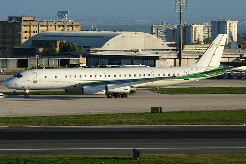 Government of Togo | Douglas DC-8-62 | 5V-TGF | Lisbon