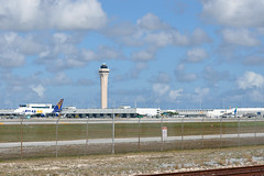 MIA AIRPORT FROM ELDORADO POINT SPOTTING
