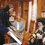 الراهب القمص حياة الأثيوبي المحرقي مع قداسة البابا شنودة (4)