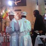 الراهب القمص حياة الأثيوبي المحرقي مع قداسة البابا شنودة وأبونا باولوس بطريرك أثيوبيا (11)