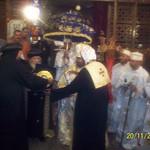 الراهب القمص حياة الأثيوبي المحرقي مع قداسة البابا شنودة وأبونا باولوس بطريرك أثيوبيا (9)