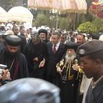 الراهب القمص حياة الأثيوبي المحرقي مع قداسة البابا شنودة وأبونا باولوس بطريرك أثيوبيا (3)