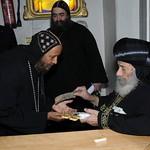 الراهب القمص حياة الأثيوبي المحرقي مع قداسة البابا شنودة (5)