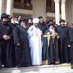 الراهب القمص حياة الأثيوبي المحرقي مع قداسة البابا شنودة وأبونا باولوس بطريرك أثيوبيا (4)