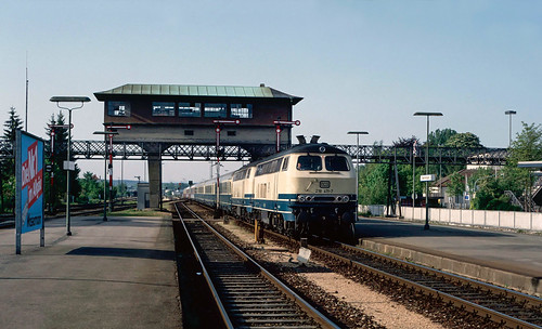 218 411 & 408 arriving at Memmingen. Germany.