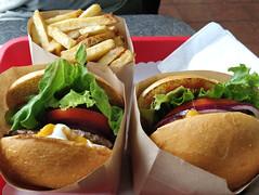 Lunch at Moderne Burger
