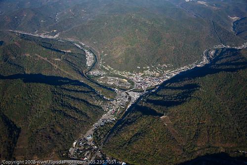 valley-near-logan-wv_2973672946_o