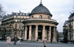 labled as paris 1995