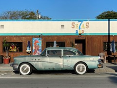 Old Buick 7 Seas Restaurant and Bar Miami