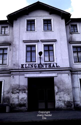 DE-08248 Klingenthal (Vogtland) Bahnhof Deutsche Reichsbahn im Juli 1991