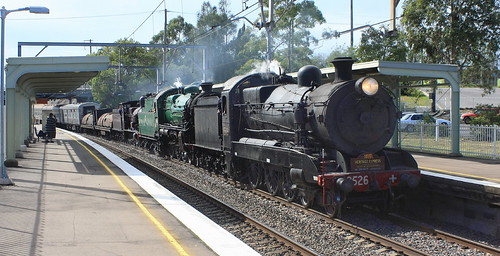 3526 + 3642 & 3265 STEAMFEST SPECIAL PASSING THROUGH COCKLE CREEK - 11th Apr 2011
