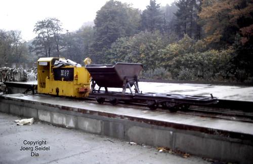 DE-08315 Lauter (Erzgebirge) Papier- und Kartonfabrik  BBA Akkulok B360 834/1990 im Oktober 1991
