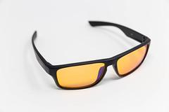 Die Horus X PC Gaming Brille schützt dauerhaft vor schädlichem Blaulicht (AMD, Augenmüdigkeit, Schlaf)