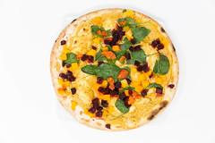 Die Yoga-Pizza Vegan von Followfood ist yogisch vegan und ihr Belag spiegelt die Philosophie des Ayurveda wieder, in jeder Mahlzeit alle sechs Geschmacksrichtungen (Rasas) zu kombinieren