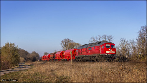 24 maart 2020 - DB Cargo 232 452 - Schönebeck