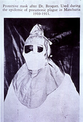 Clothing - protective: Protective mask after Dr. Broquet - used during the epidemic of pneumonic plague in Manchuria