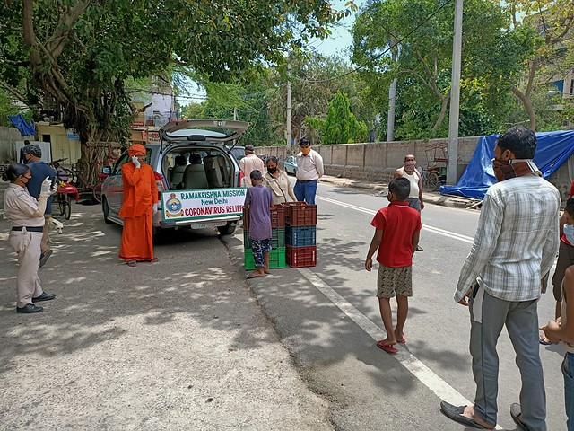 Ramakrishna Mission, New Delhi, COVID-19 Relief, 4 May 2020 (15)