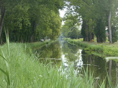 Canal, Lanlinde, France