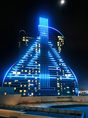 Hard Rock Guitar Hotel