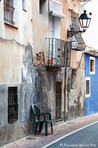 """""""La silla vacía""""/ """"The Empty Chair"""" (Explore #142 May 9 2020)"""