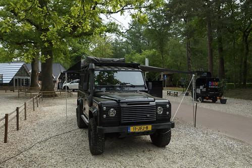 Landrover Defender als onderdeel van de Drive Thru van Pannenkoekenboederij De Heikamp Ruurlo 10-05-2020