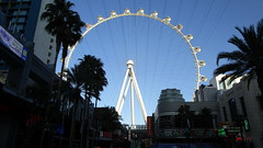 "Nevada - Las Vegas:  Giant  (550-foot / 167m tall ) ""HIGH ROLLER"" - world tallest Ferris Wheel"