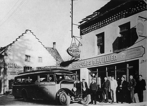 Postcard Autocar Delahaye D. Huillier Villard de Lans (38 Isère) 1932a