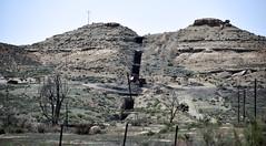 Independent Dike (gilsonite dike in the Uinta Formation, Middle Eocene; Bonanza, Utah, USA) 12