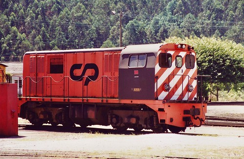 Narrow gauge diesel locomotive CP 9006