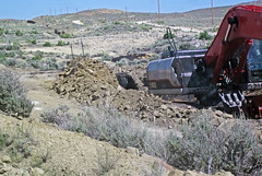 Mining gilsonite (Cowboy Dike; north of Bonanza, Utah, USA) 7